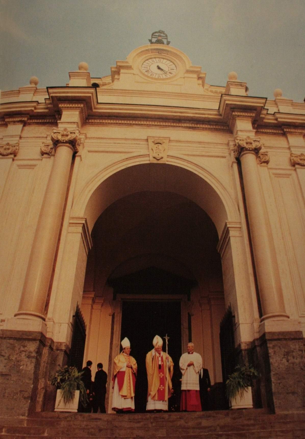 Il saluto del Papa dalla concattedrale di Castellammare di Stabia