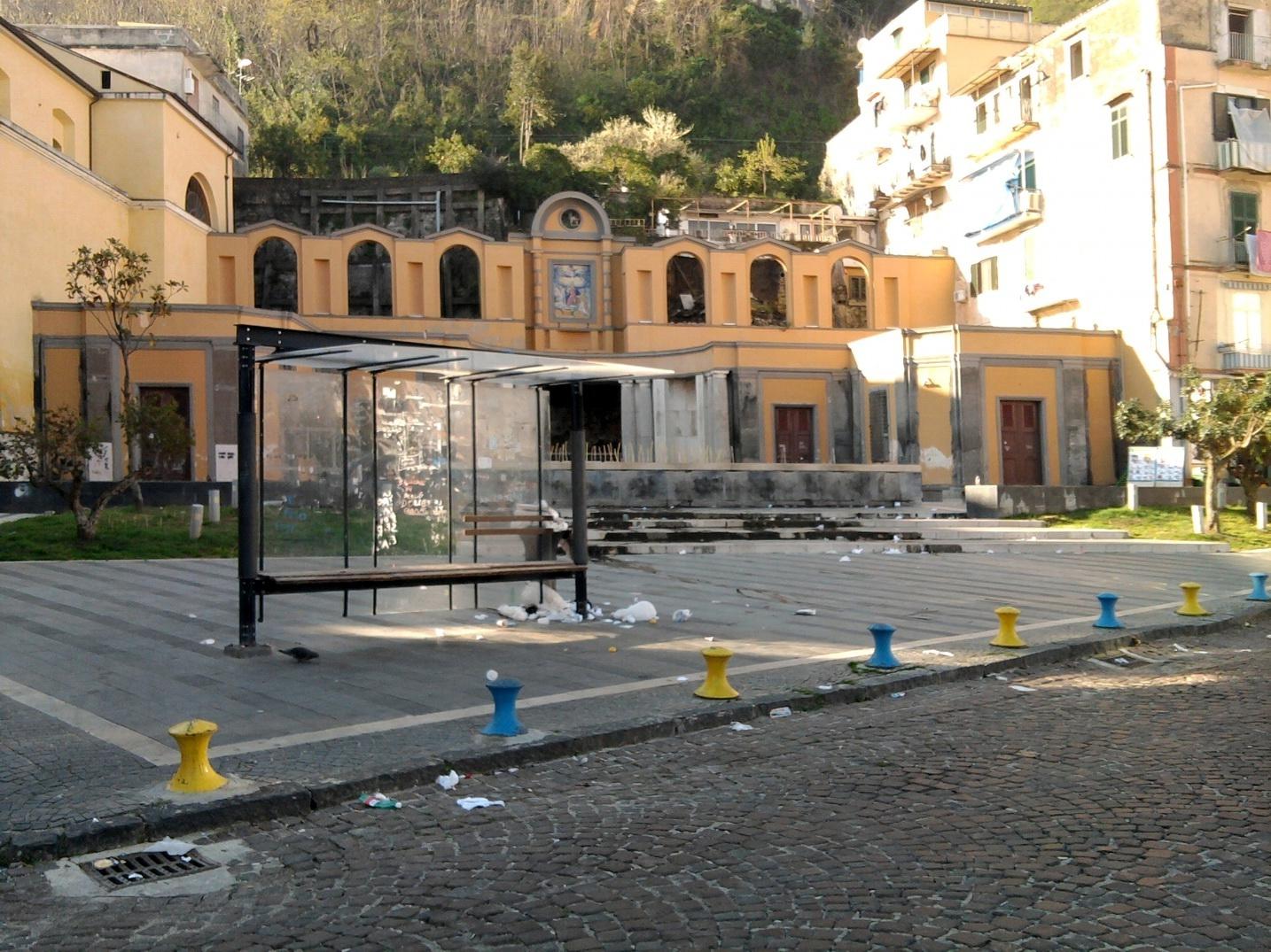 Piazza Fontana Grande - il degrado