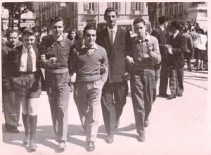 Foto di gruppo dei miei fratelli e di alcuni amici