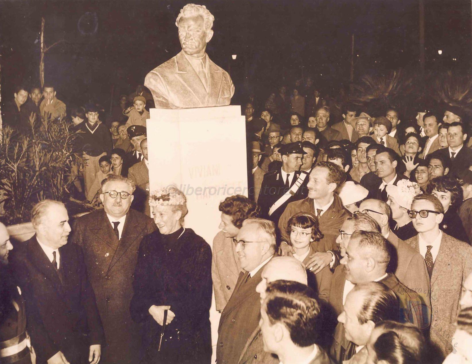 Inaugurazione del busto di Viviani (coll. Gaetano Fontana)