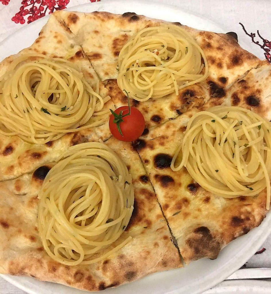 La pizza Linos ('o Pignatiello)