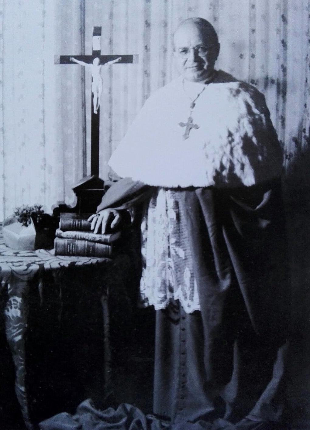 S.E. Mons. Agostino D'Arco