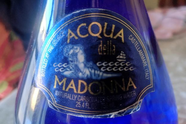Acqua della Madonna - etichetta bottiglia