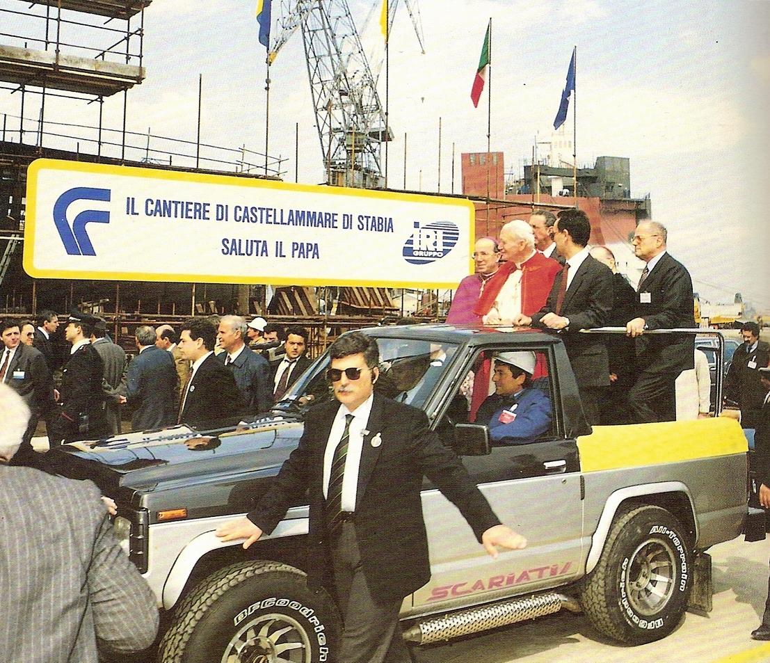 Il Papa si reca al cantiere navale di Castellammare per incontra gli operai
