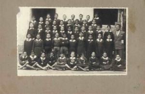 Scolaresca - Prof. Desario (anno 1947)