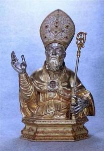 San Catello Vescovo: statua lignea del 1600 che si venera nella chiesa dei Servi di Maria in Sorrento.