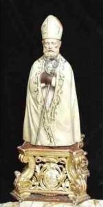 San Catello: statua (mis. 84x41x27) in legno intagliato (dipinto) e argento (occhi in vetro), della prima metà del XIX sec. - artigianato stabiese.
