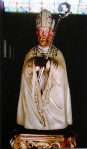 San Catello: antica statuetta (custodita nella chiesa del Carmine).