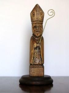 San Catello: statua (di recente fattura) in legno intagliato, artigianato stabiese.