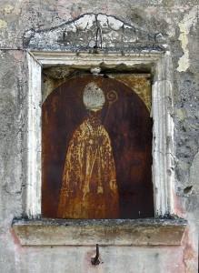San Catello: una vecchia edicola votiva di Torre Annunziata segnalataci dal sig. Mario Chianese (foto M. Cuomo).