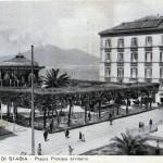 cassarmonica_e_piazza_monumento_10