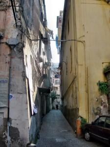 Luce in Vico San Bartolomeo