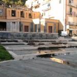 Piazza Fontana Grande - degrado (3)
