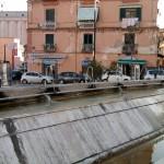 Piazza Fontana Grande - degrado (8)