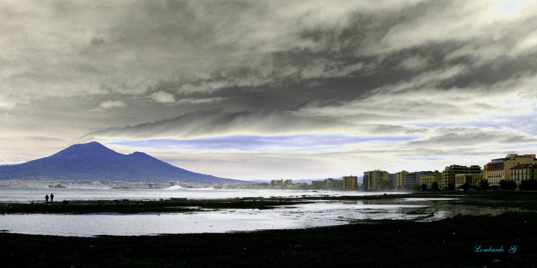 Vesuvio dall'arenile