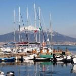 Il Vesuvio dal porto