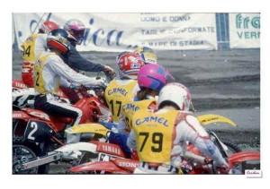 La gara di motocross sull'arenile di Castellammare di Stabia