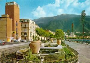 fontana villa 10 fronte