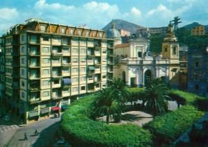 piazza municipio 9 fronte