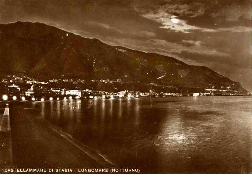 Castellammare di Stabia - Lungomare (notturno)