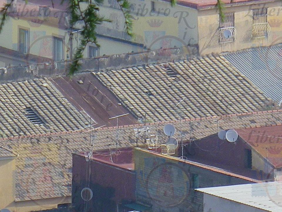 Il tetto della Parrocchia della Pace