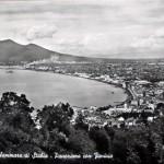 Panorama con Vesuvio dal Faito (1)