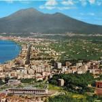 Panorama di Castellammare con Vesuvio (6)