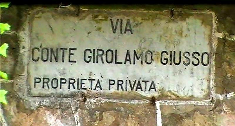 Via Giusso (foto Maurizio Cuomo)