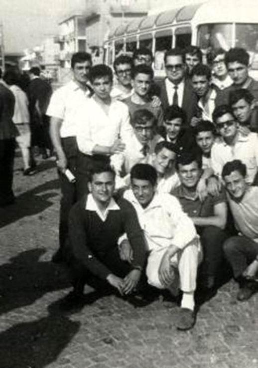 Il gruppo con il docente di Inglese Professor Tarallo