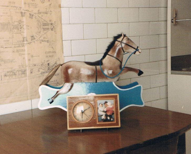Cavalluccio a dondolo in miniatura