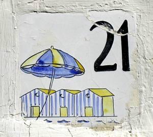 Piastrella n. 21 (foto M.C.)