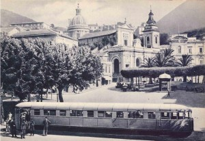 piazza municipio 5 fronte