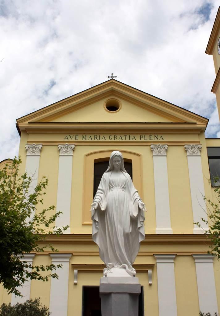 """Chiesa parrocchiale """"Maria SS. Annunziata"""" (foto Maurizio Cuomo)."""