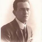 """il Dott. Catello Esposito, meglio noto come """"Manella 'e cera"""", da giovane"""