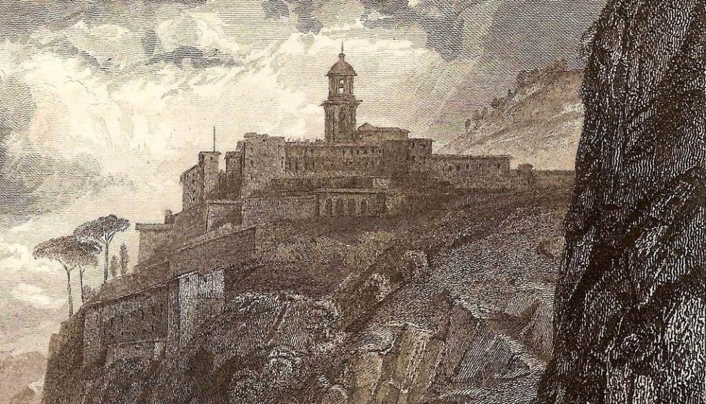 Particolare del campanile e della linea dei monti