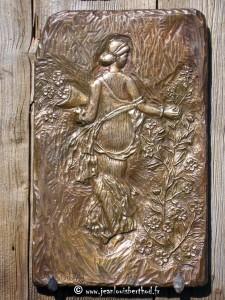 Flora (scultura in bronzo del M° Jean-Louis Berthod)