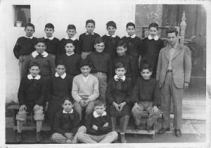 """Anno 1954 - Scuola """"Pacella"""" (via Cannavale) - Maestro Fusco. Immagine gentilmente concessa dal sig. Stanislao Fontanella"""
