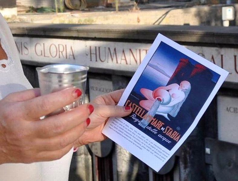 Brochure informativa di liberoricercatore.it (foto Giovanni Minieri)