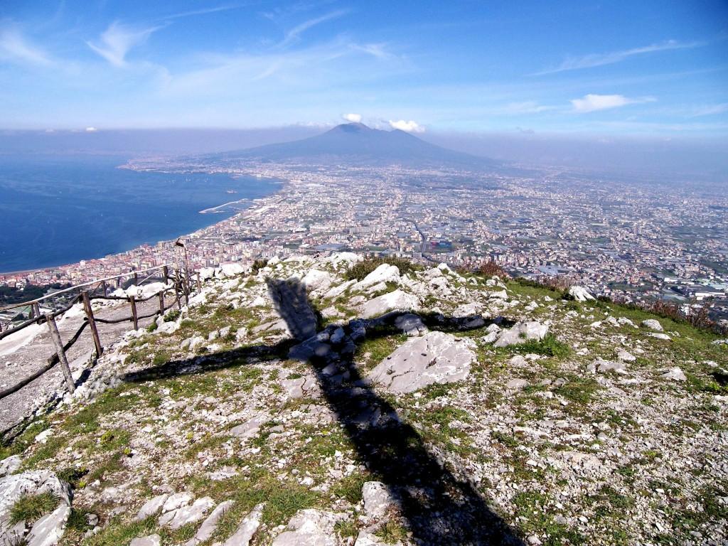 Castellammare, landa di Paradiso adagiata sulla terra degli uomini (foto Ferdinando Fontanella)