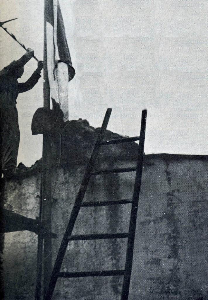 Demolizione delle Antiche Terme: il primo colpo di piccone (archivio liberoricercatore.it)
