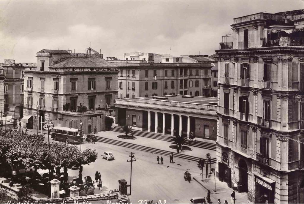 Piazza Ferrovia