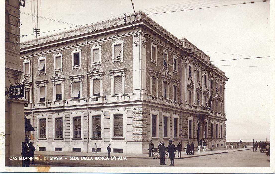 Cartolina d'epoca: la sede della Banca d'Italia (oggi sede della Banca stabiese)