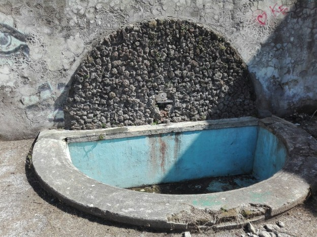 Fontana borbonica ritornata alla luce (foto Gaetano Fontana)