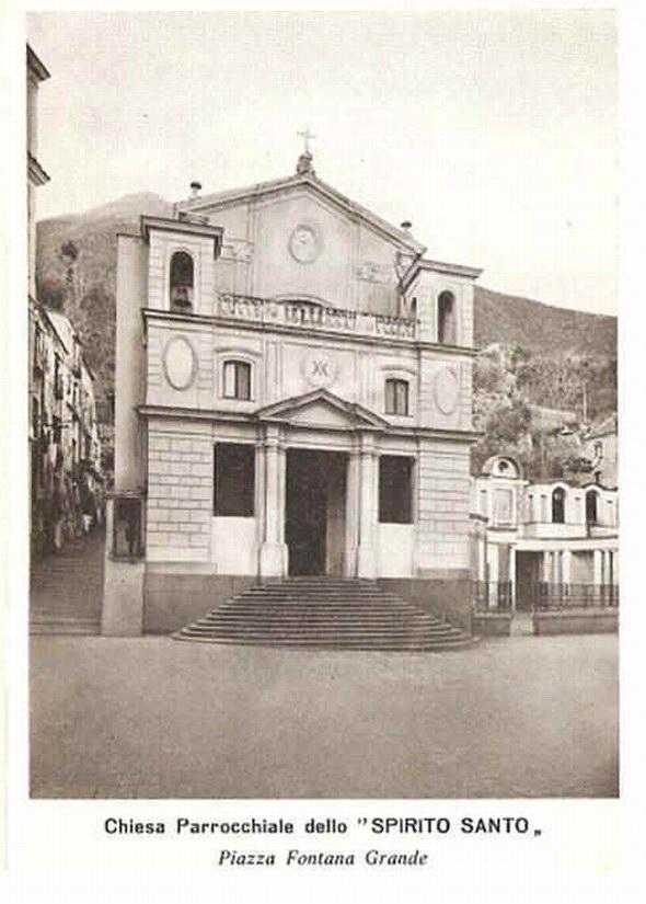 Chiesa Spirito Santo Piazza Fontana Grande