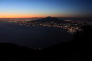 Notturno dal Faito (foto Maurizio Cuomo)
