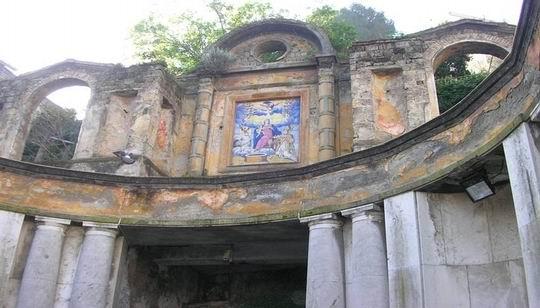 L'edicola votiva di Fontana Grande