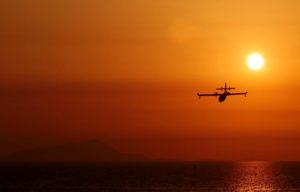 Canadair al tramonto
