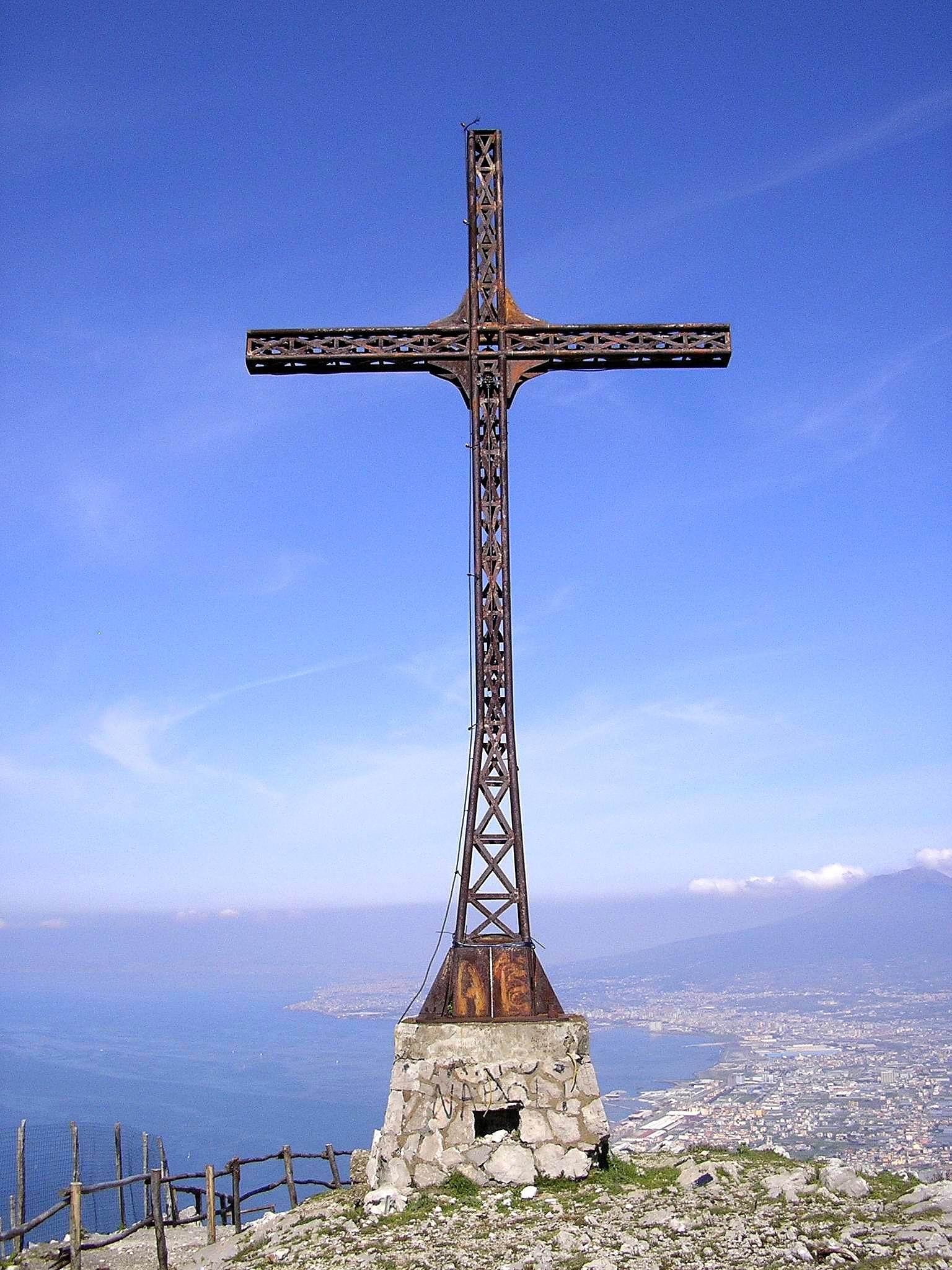 Croce di Monte Pendolo (foto Maurizio Cuomo)