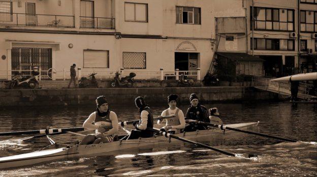 Giovani canottieri stabiesi oggi come ieri (fotorendering Corrado Di Martino)
