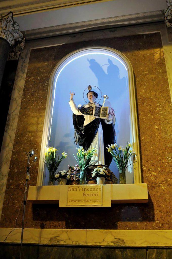 Statua di San Vincenzo (foto Martina Cesarano)